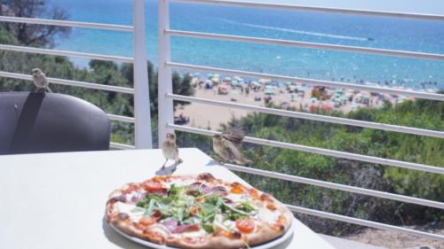 Restaurace u Golden Bay Beach